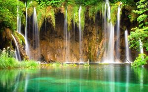 Beautiful-Waterfal-hd-wallpaper10
