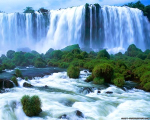 Beautiful-Waterfall-Wallpapers-5