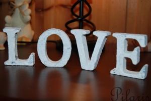 1-291010-Bokstaver-Love
