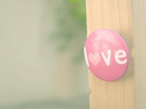 button-cute-heart-love-pink-Favim_com-262299