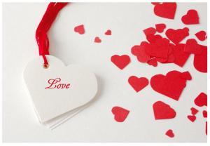 mr yen heart shape gifttag