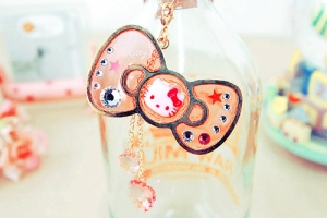 adorable-bottle-cute-glass-hello-kitty-love-Favim_com-103393_large