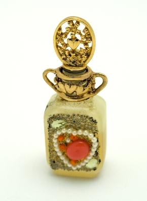 bigstock_Vintage_Love_Bottle_2451527