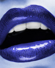 blue-lips-kiss