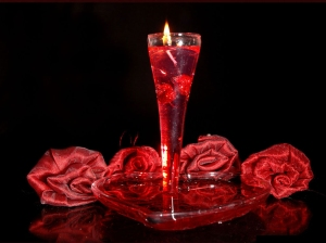 glass-in-red-rose-valentines-day-wish-wallpaper